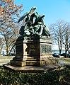 Kriegerdenkmal (links) - panoramio.jpg
