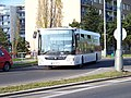 Kruhový objezd Hviezdoslavova - Michnova - Hněvkovského, autobus 1326.jpg
