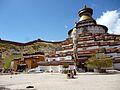Kumbum(Stupa) vomPelkhor Chöde05-2015.JPG