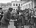 Lady Baden Powell bij Prinsesjes, Bestanddeelnr 901-9315.jpg