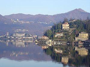 Lake of Orta as a mirror