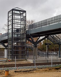 Lift at Viborg Station.jpg