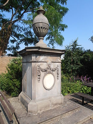 Commemoration of Carl Linnaeus - Image: Linnaeus Monument by Robert Adam, Royal Botanic Garden, Edinburgh