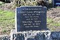 Linwood Cemetery McDougall086.jpg