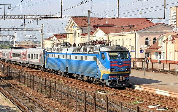 Електровоз Шкода ЧС8-016 на станції Вінниця, © Георгій Чернілєвський, CC-BY-SA 3.0