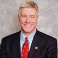 Lt. Governor Peter Kinder.jpg