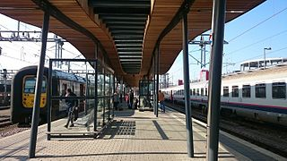 Luxembourg train station - platform view.JPG
