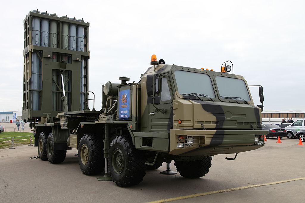 العام القادم : روسيا ستعرض منظومات S-350E Vityaz للتصدير  1024px-MAKS2013firstpix02