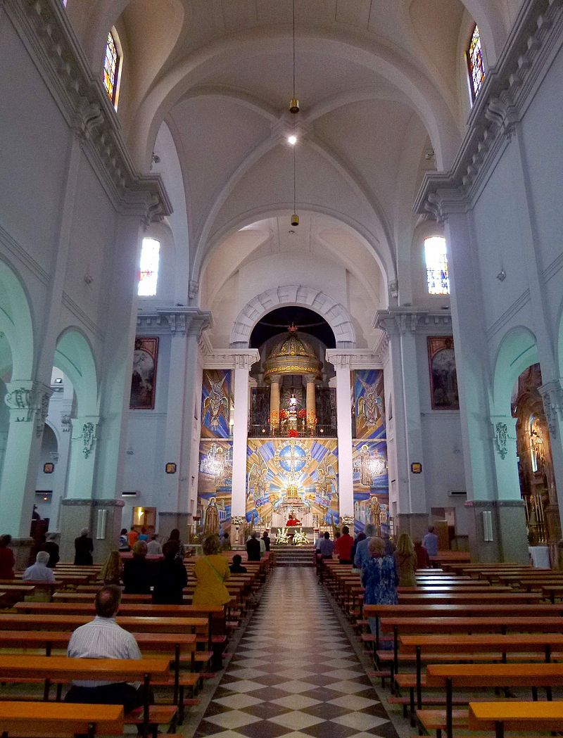 Madrid - Basílica de Jesús de Medinaceli 04.jpg