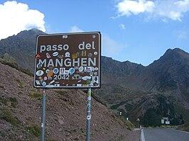 Manghen sign.jpg