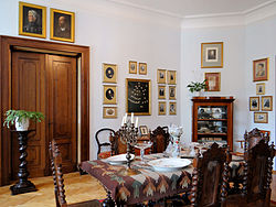 Manor of Kraszewski family in Romanów – Family room - 03.jpg