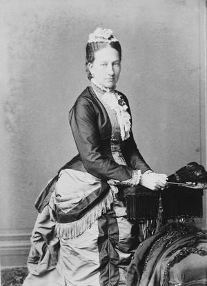 Infanta Maria Anna of Portugal (1843–1884) - Image: Maria Anna, Princess George of Saxony (c. 1883)