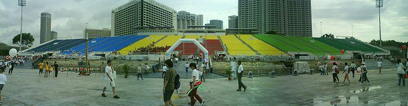 800px-Marina_Bay_Floating_Platform_Grandstand.JPG