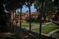 Mausoleo di Galla Placidia, Ravenna (visto dal Museo Nazionale).png