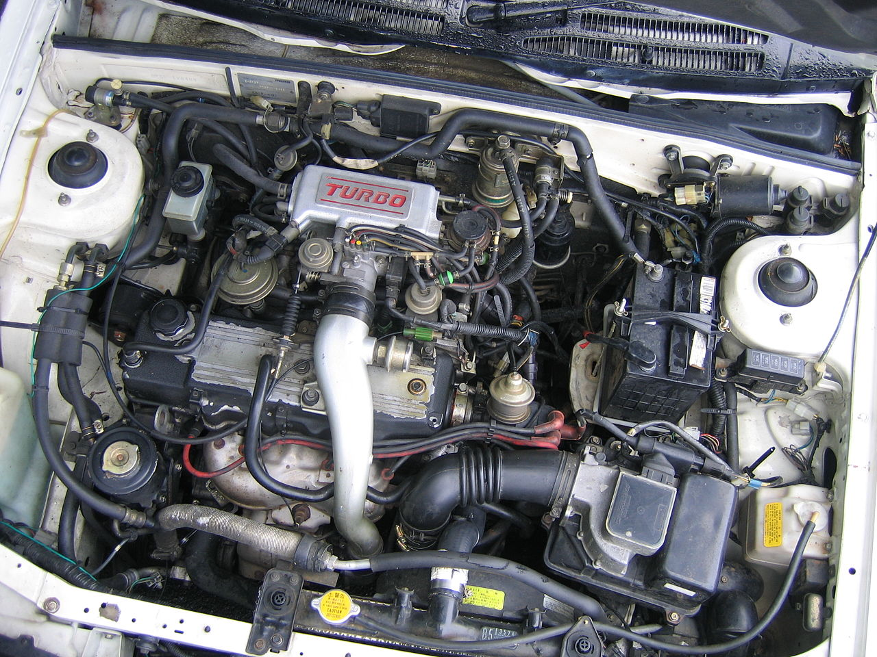File Mazda E5t Engine Of A 1986 Mazda Familia Bf5p Xg