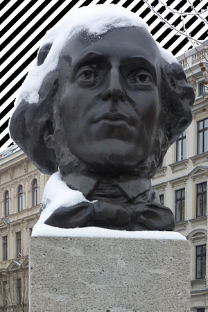 Zebra patterning - Picture of Mendelssohn statue with zebra patterning