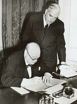 Prime Minister Robert Menzies and British Prime Minister Winston Churchill in 1941 Menzies Churchill WW21941.jpg