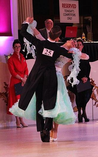Ballroom dance - Image: Michael Foskett & Nika Vlasenko 2