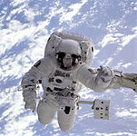 Michael Gernhardt in space during STS-69 in 1995.jpg