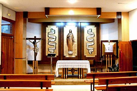 Miranda de Ebro - Iglesia del Buen Pastor 11.jpg