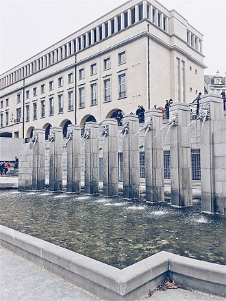 Mont des Arts - view on water fontaines