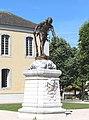 Monument aux morts de Vic-en-Bigorre (Hautes-Pyrénées) 2.jpg