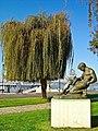 Monumento ao 25 de Abril - Seixal - Portugal (3932829012).jpg