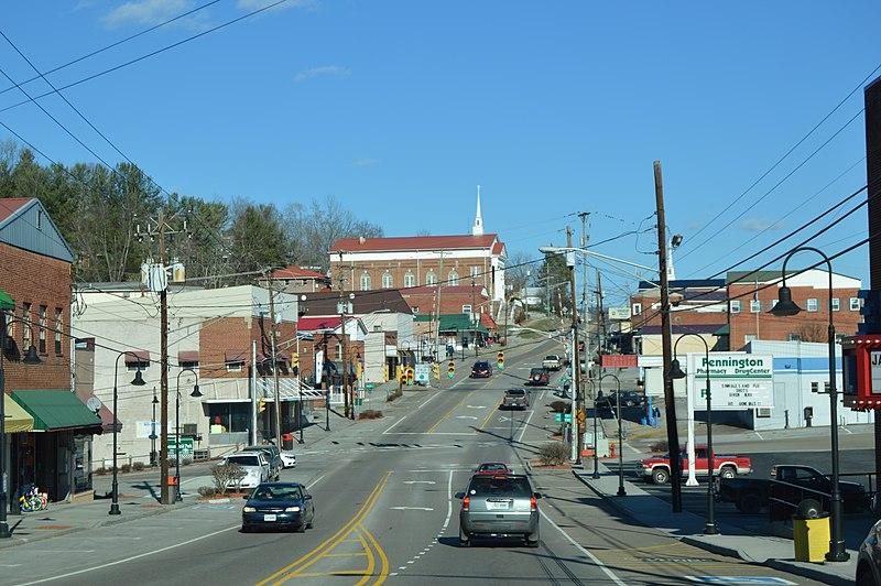 File:Morgan west of Kentucky, Pennington Gap.jpg