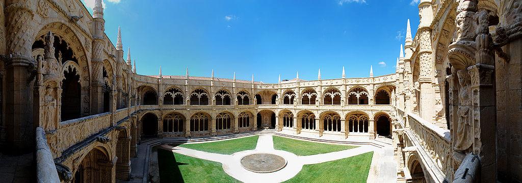 Hieronymitenkloster in Lissabon (UNESCO-Welterbe in Portugal): Zweigeschossiger Kreuzgang. Mosteiro dos Jerónimos 2009-08-26
