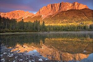 Mount-Yamnuska2-Szmurlo.jpg