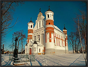 Shchuchyn District - The Church of the Nativity of the Theotokos (1524) in the selo of Murovanka.