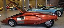 220px-Museo_Bertone_-_Lancia_Stratos_Zero