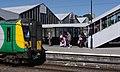 Northampton railway station MMB 08 350266.jpg