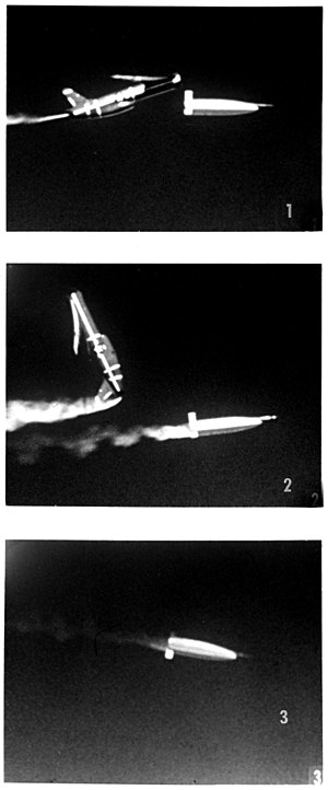SM-62 Snark - A photo sequence showing the warhead's separation sequence