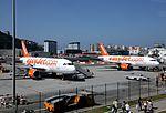 Nueva ruta aérea Gibraltar-Manchester (27468327114).jpg