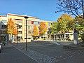 Nytorget, Mo i Rana, Norway, 2017-10-09, Universitet Nord Campus Helgeland (studiested Mo i Rana), Babettes cafe, Søster Astrid sculpture b.jpg