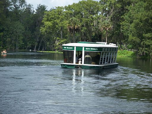 Ocala Silver River attraction boat01