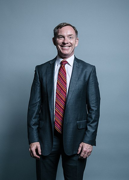 Official portrait of Chris Bryant