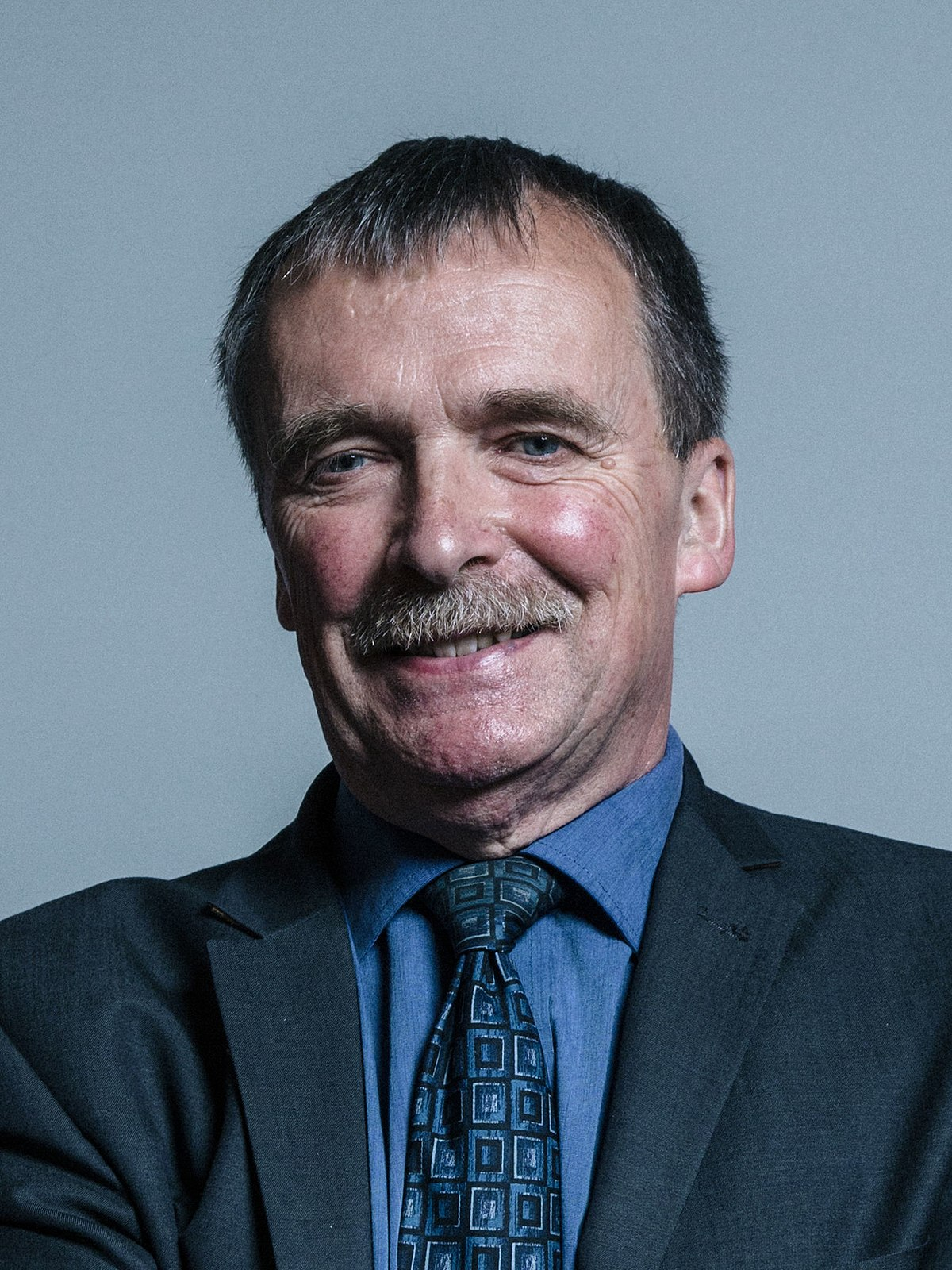 Official Portrait Of Dr Alan Whitehead Crop Edit Multiple Pictures At