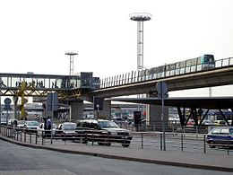 Orlyval - Orly-Sud - Station departs 02.jpg