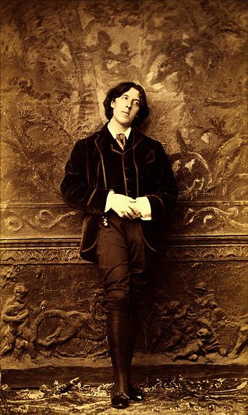 File:Oscar Wilde by Napoleon Sarony, 1882.jpg