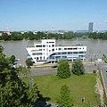 Ostasieninstitut beim Rheinhochwasser 2013 - panoramio.jpg