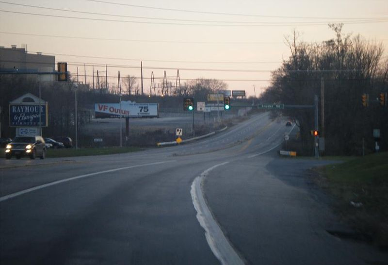File:PA 61 SB at Snyder Road Ontelaunee Township.JPG