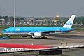 PH-BQL B777-206ER KLM AMS 09MAY06 (6782354875).jpg