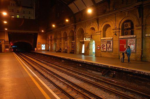 Paddington tube station District and Circle lines platform 2