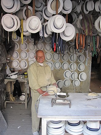 Hatmaking - Paja toquilla hatmaker, Cuenca, Ecuador