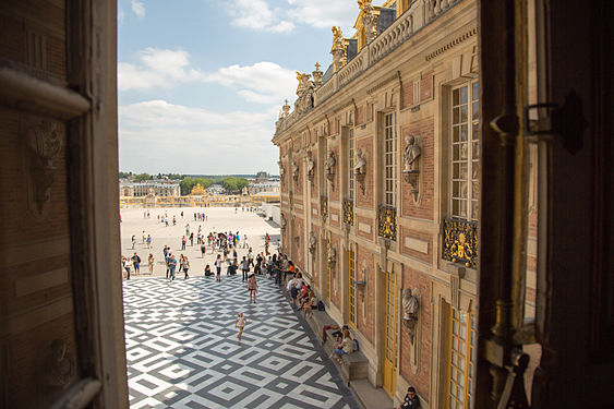 Palace of Versailles 23.jpg