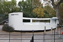 Penguin pool, London Zoo, England-24Oct2010 (6).jpg
