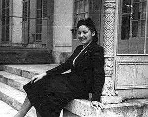 Plácido Domingo Ferrer - His wife, Pepita Embil, as a choral soloist in France in June 1939, less than a year before they married