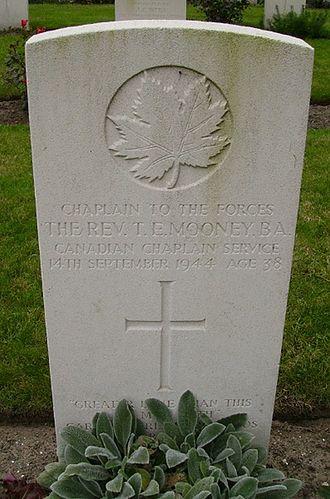 Thomas Mooney (Chaplain) - Permanent headstone of Father Tom Mooney in Belgium